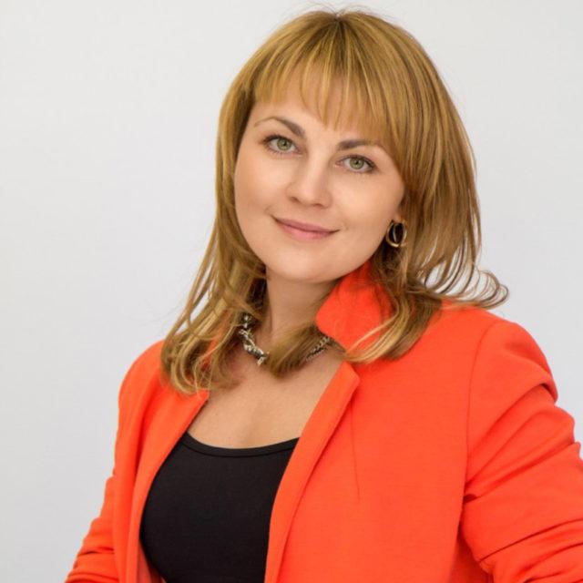Ждановская Яна Олеговна